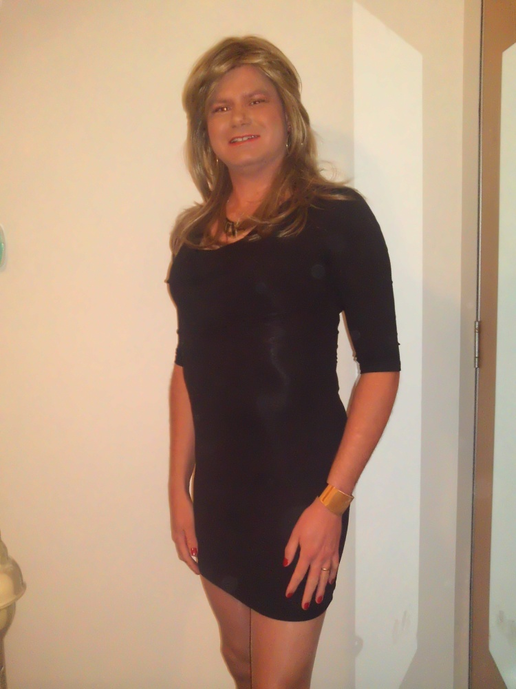 Out and about: cherry popping tranny on the loose (1/2)