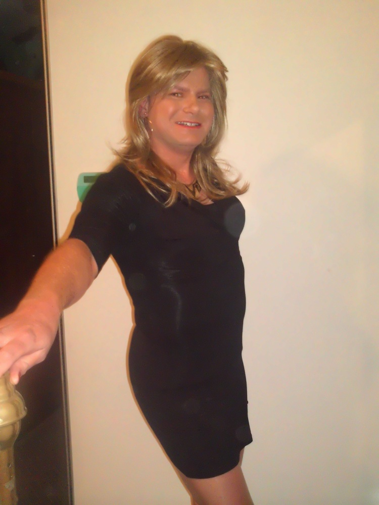 Out and about: cherry popping tranny on the loose (2/2)